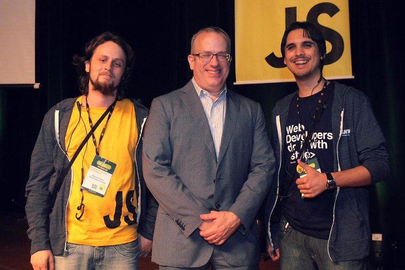 Eu, Brendan Eich (criador do JavaScript) e Felipe Moura